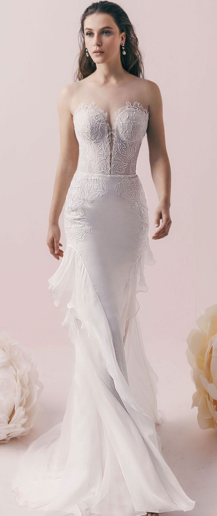 Illusion sweetheart neckline fit and flare wedding dress #wedding #weddingdress #bridedress #weddinggown #weddingdresses