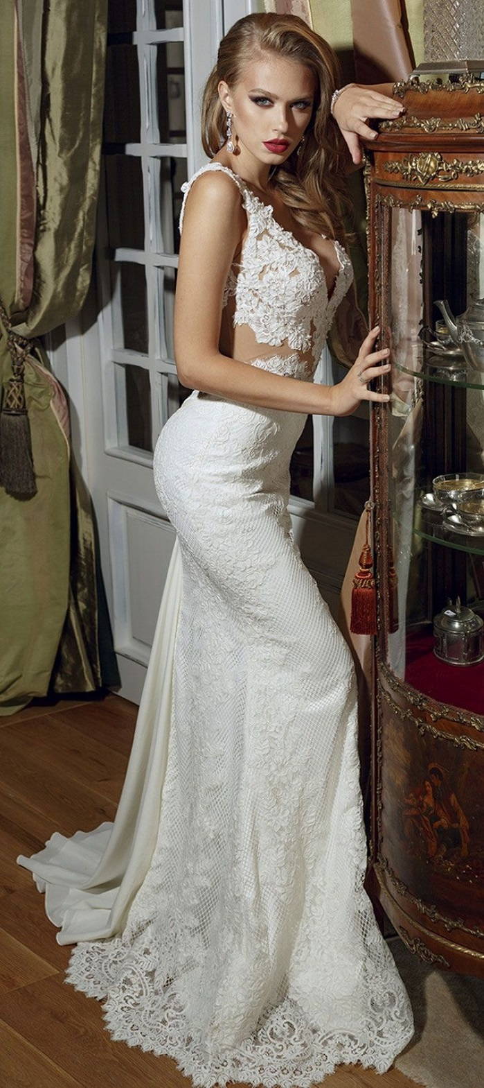 Elegantly Romantic Wedding Dresses For the bride who strives for confidence & impeccable glamorous style