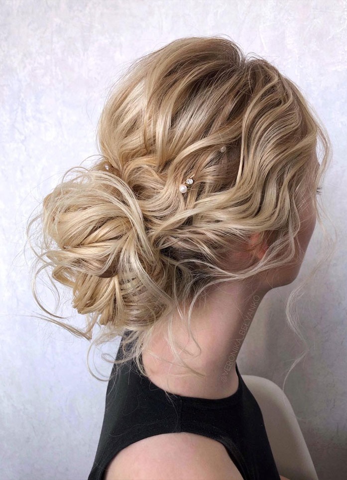 Messy Updo Hairstyles That Will leave You Speechless : Textured Blonde Updo Hairstyle
