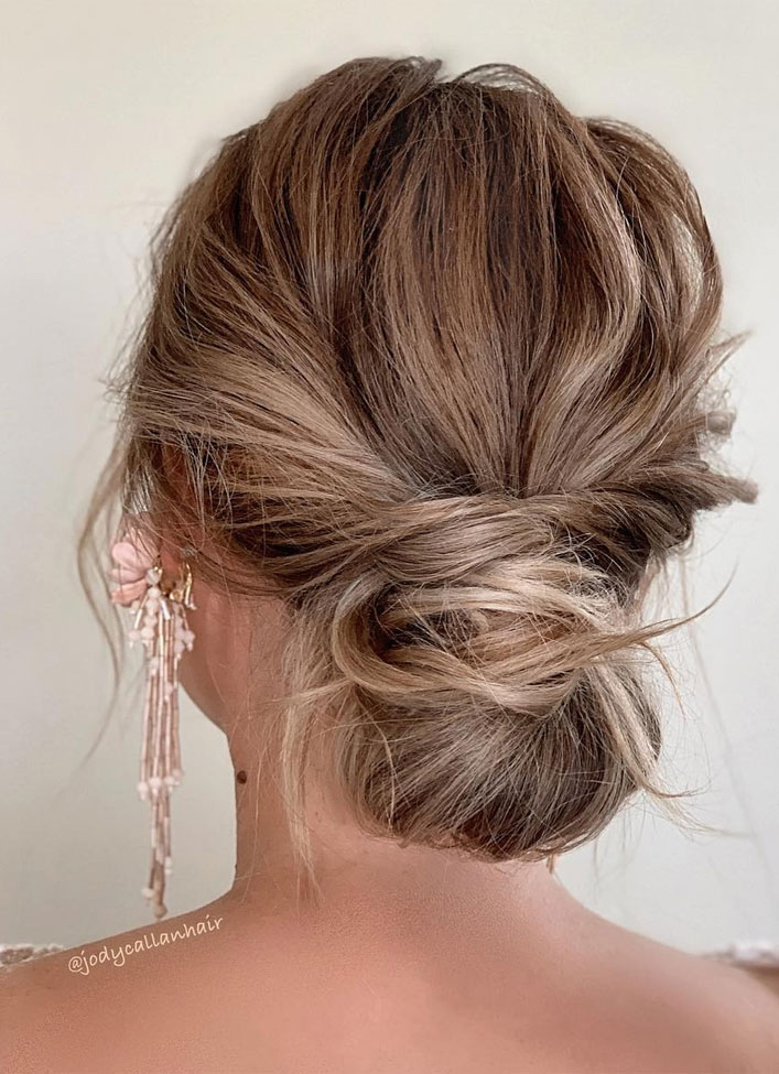 Messy Updo Hairstyles That Will leave You Speechless : Simple Wrap Textured Updo Hairstyle