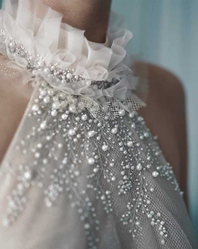 33 Breathtakingly beautiful wedding gowns with amazing details galore