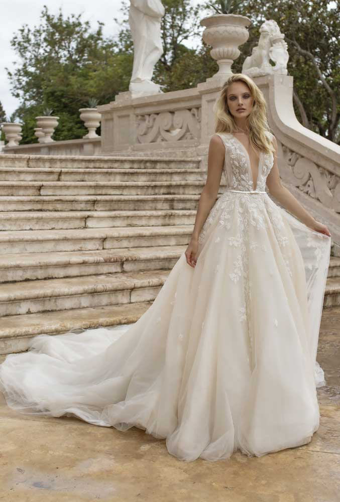 These Wedding Dresses Would Look Glamorous On All Sorts Of Brides-To-Be