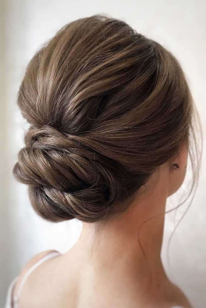 The best wedding hairstyles 2019