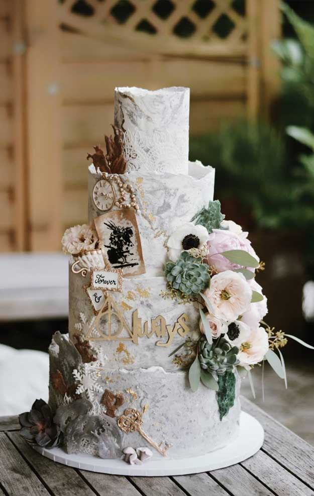 pretty wedding cake designs, painted wedding cake, unique wedding cakes, pretty wedding cake, elegant wedding cake ideas, modern wedding cake designs, wedding cake designs 2019, luxury wedding cake, unique wedding cake designs, best wedding cakes 2019