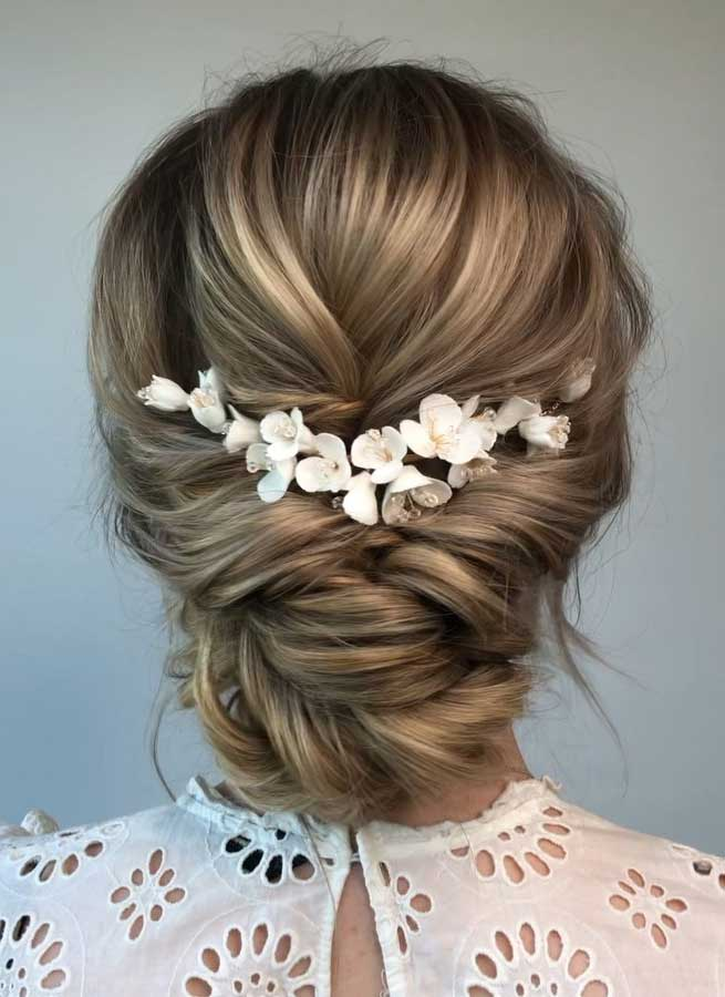 49 Beautiful & romantic wedding hairstyles
