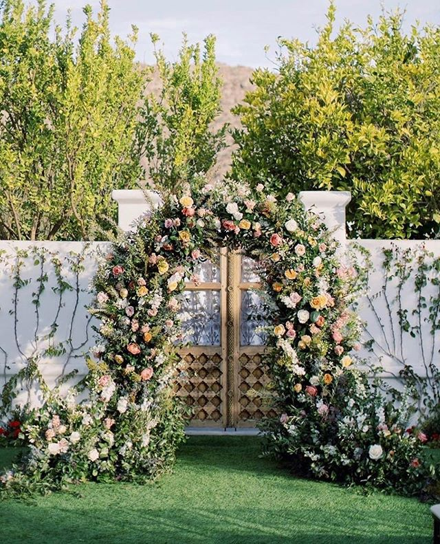 Prettiest Spring Wedding Ideas 2020 Garden Wedding