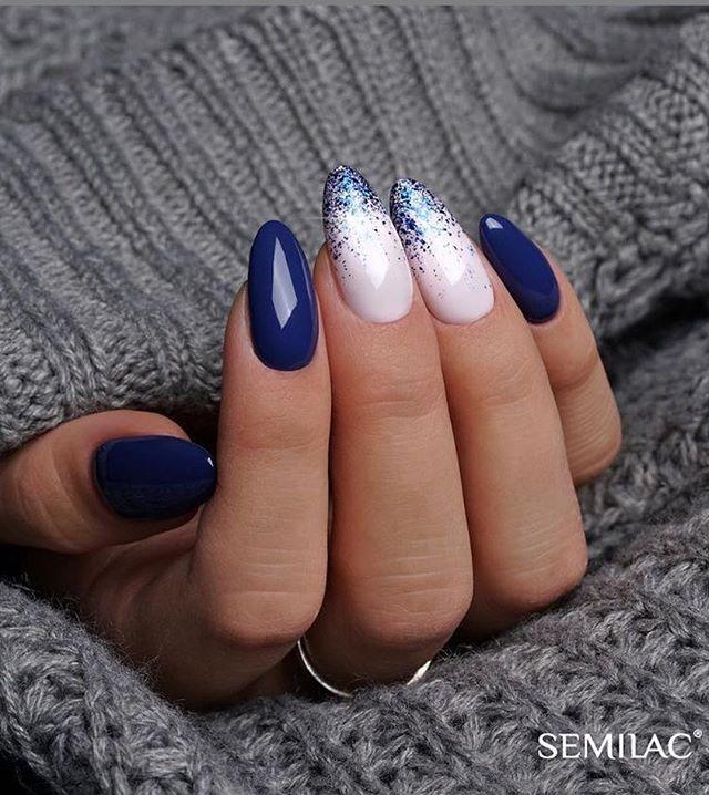 Elegant navy blue nail colors and designs for a Super Elegant Look
