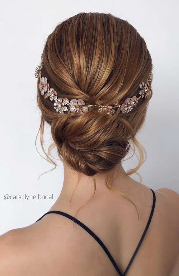 Bridal hairstyles that perfect for ceremony and reception 39