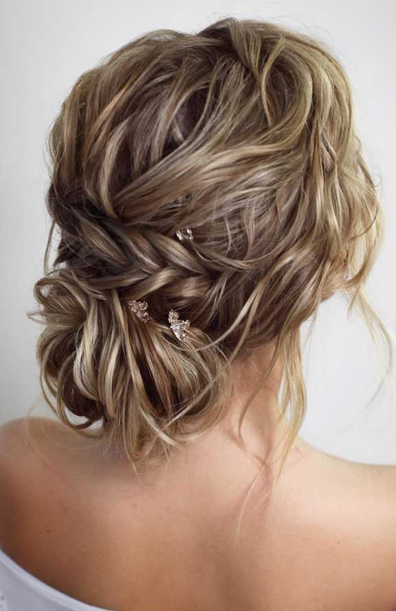Bridal hairstyles that perfect for ceremony and reception 19