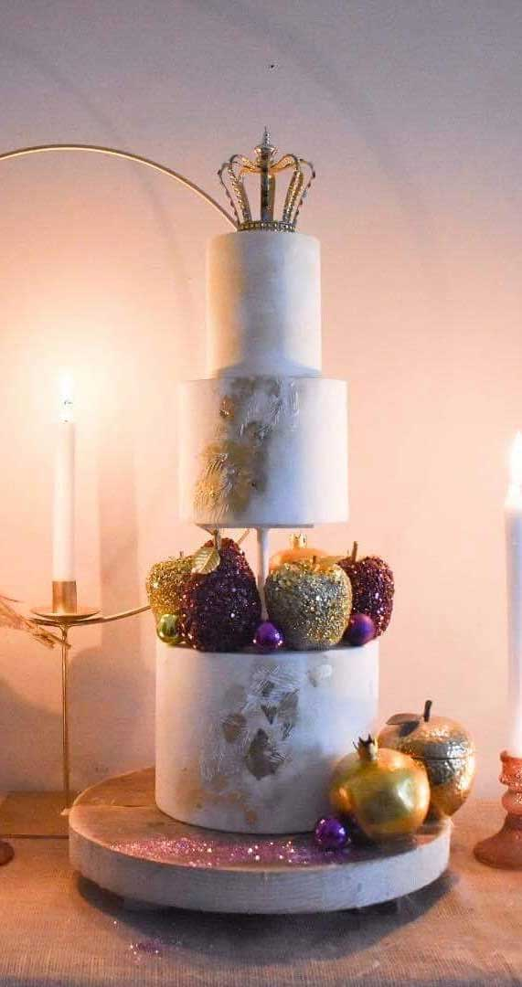 Amazing! These sculpture wedding cakes are works of art 12