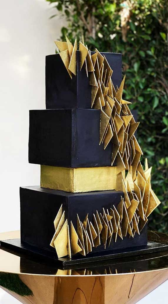 Amazing! These sculpture wedding cakes are works of art 15