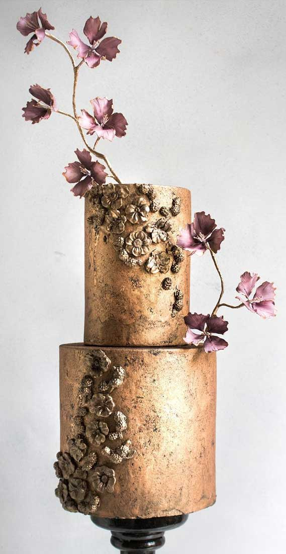 Amazing! These sculpture wedding cakes are works of art 17