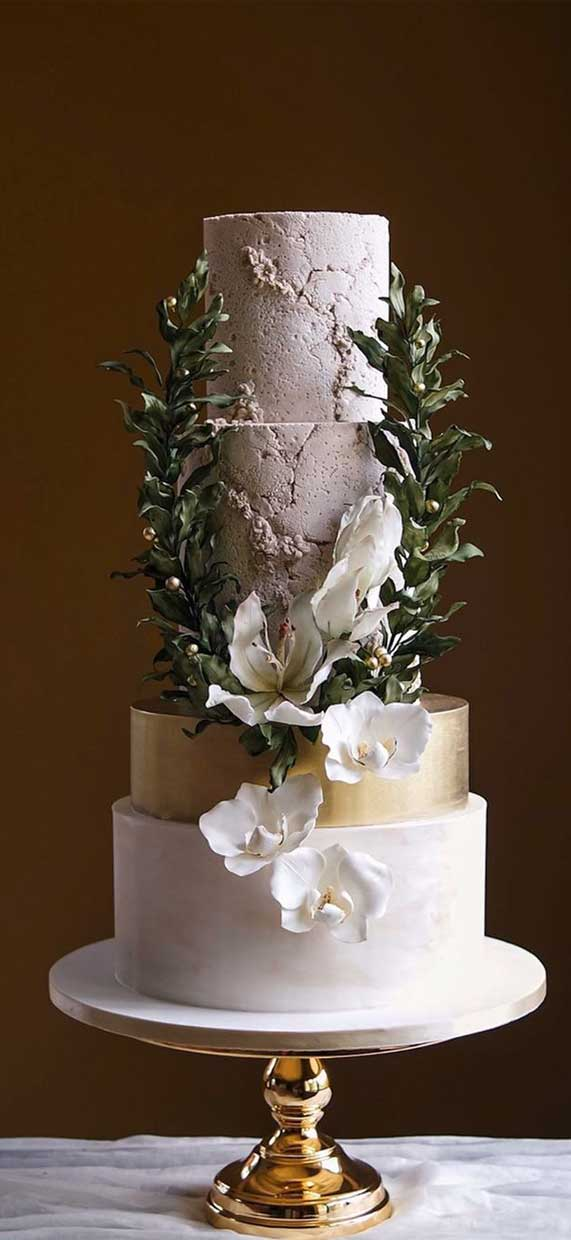 Amazing! These sculpture wedding cakes are works of art 19