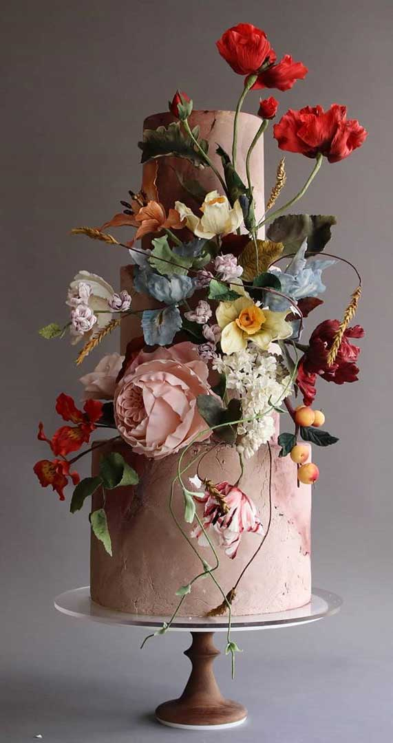 Amazing! These sculpture wedding cakes are works of art 3