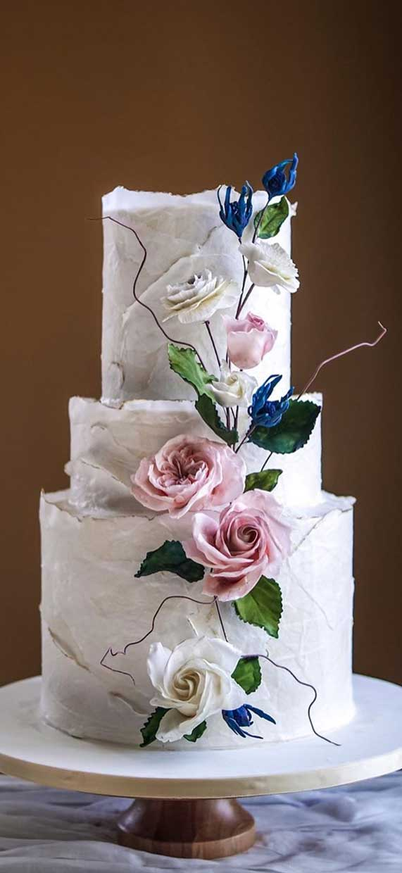 Amazing! These sculpture wedding cakes are works of art 22
