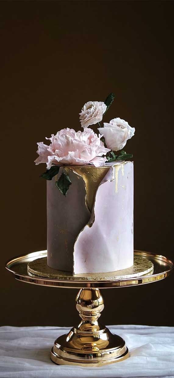Amazing! These sculpture wedding cakes are works of art 25
