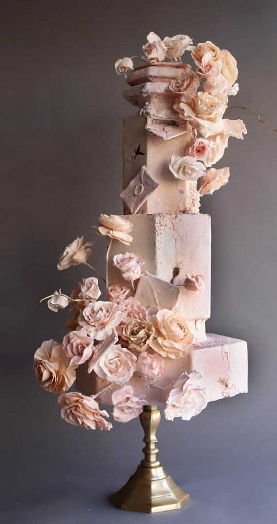 Amazing! These sculpture wedding cakes are works of art 4