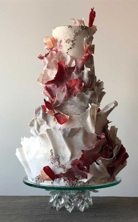 Amazing! These sculpture wedding cakes are works of art 37