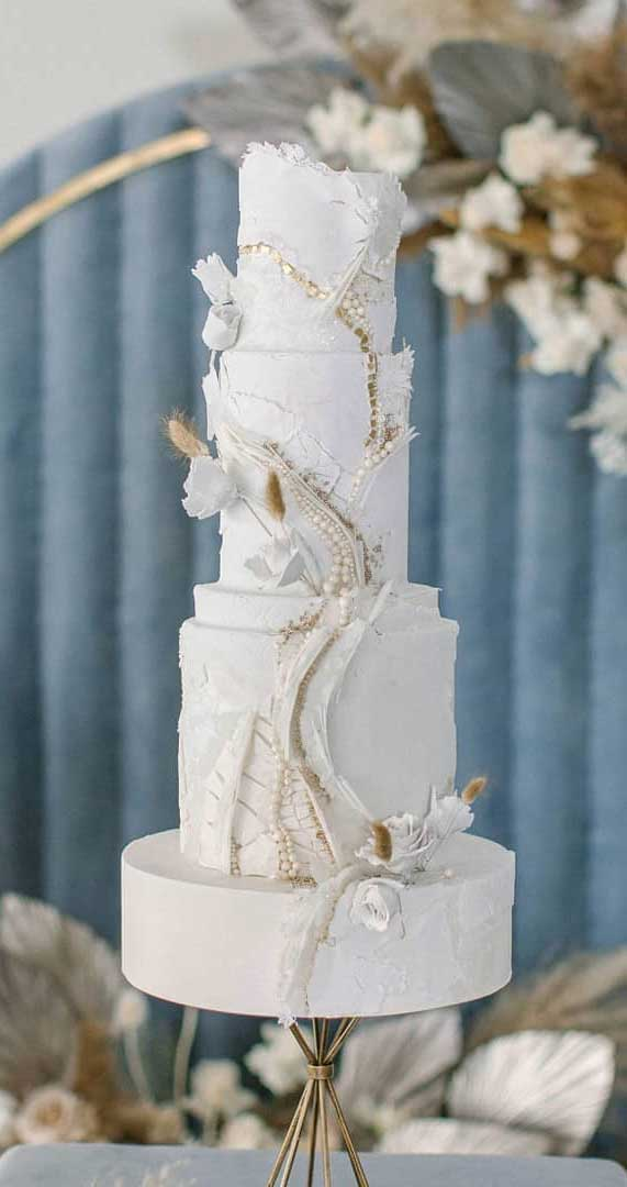 Amazing! These sculpture wedding cakes are works of art 6