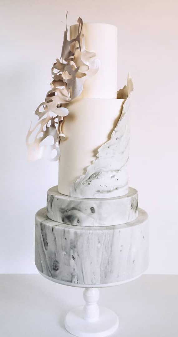 Amazing! These sculpture wedding cakes are works of art 9