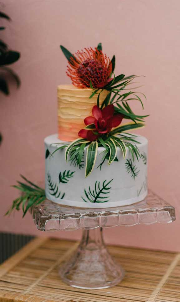 The perfect wedding cake for tropical wedding theme 3