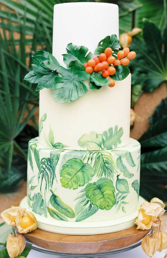 The perfect wedding cake for tropical wedding theme 11