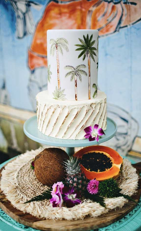 The perfect wedding cake for tropical wedding theme 14