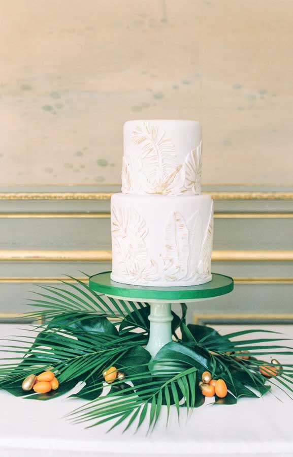 tropical wedding cake, tropical wedding cake flavors, tropical wedding cake topper, wedding cakes, wedding cake, wedding cake ideas, beach wedding cake , beach wedding cakes #weddingcakes #beachweddingcake #tropicalwedding
