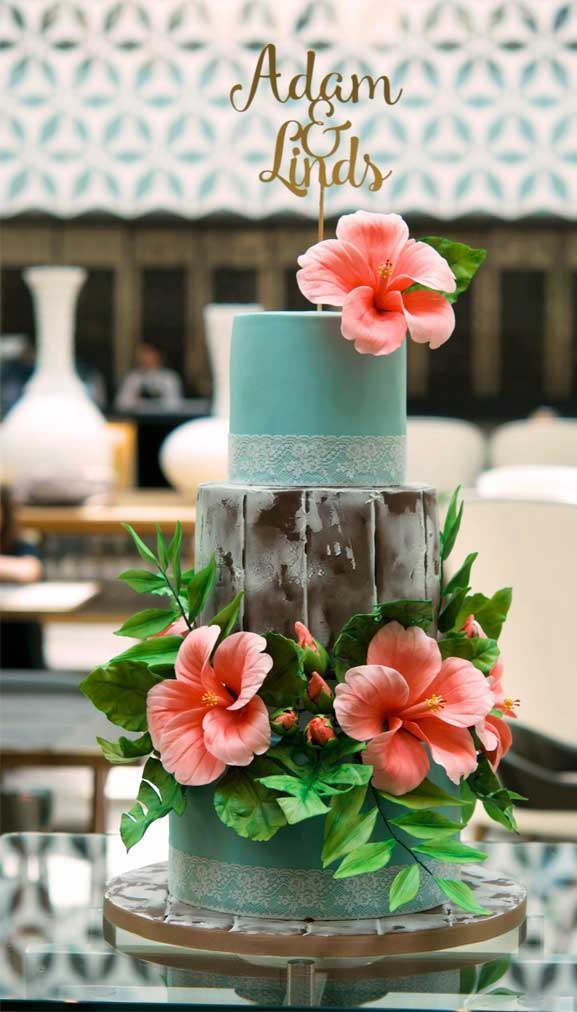 The perfect wedding cake for tropical wedding theme 19