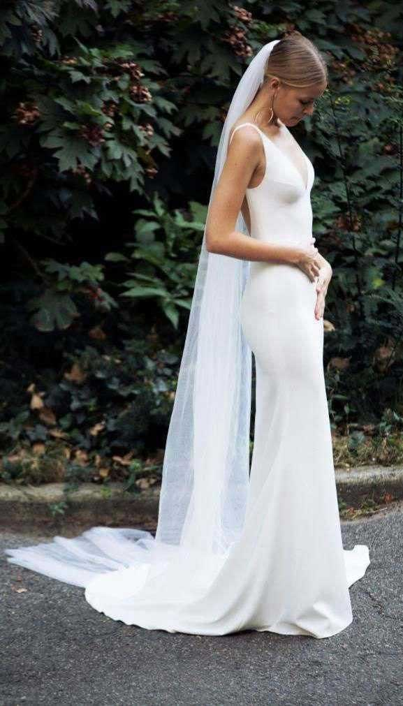 Unconventional Wedding Dresses For Unforgettable Weddings