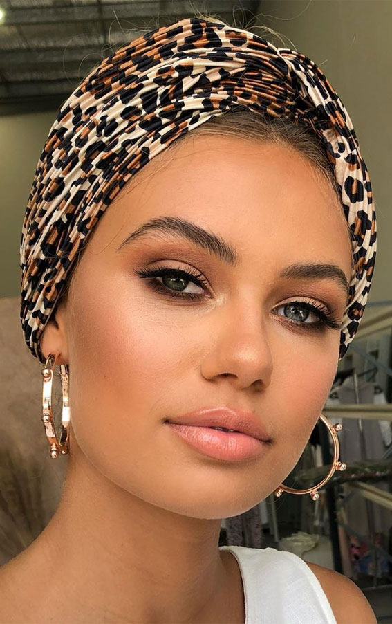 Gorgeous Neutral Makeup ideas For Any Occasion