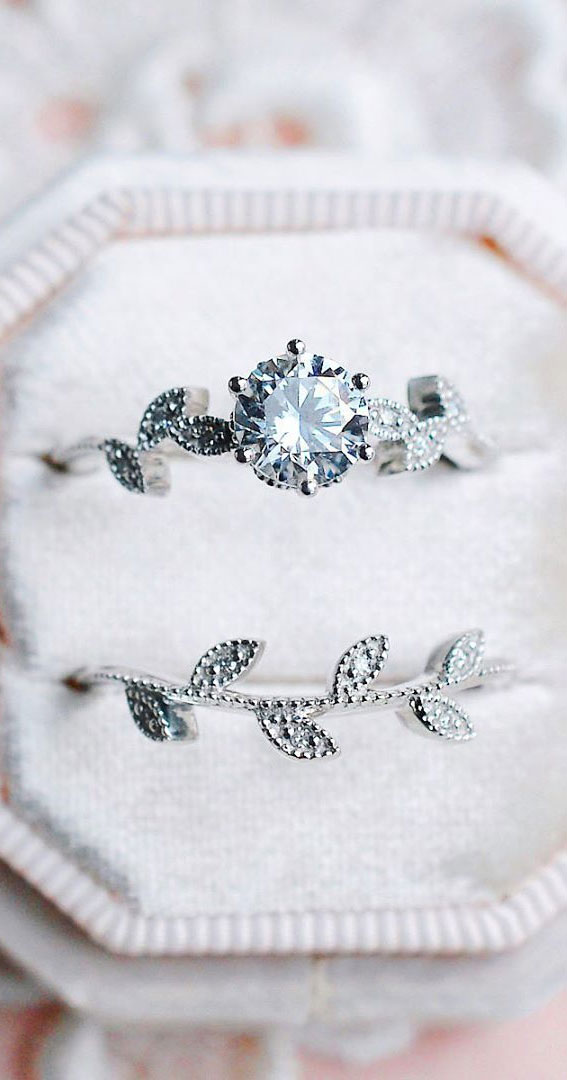 44 Insanely Gorgeous Engagement Rings – Pretty Floral Ring