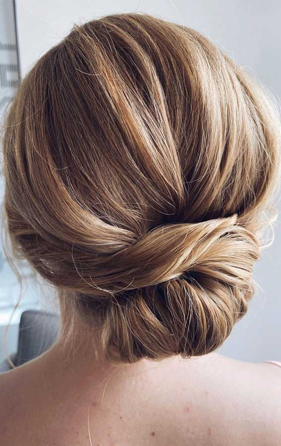 Updo Hairstyles that classic , glamorous elegant and gorgeous