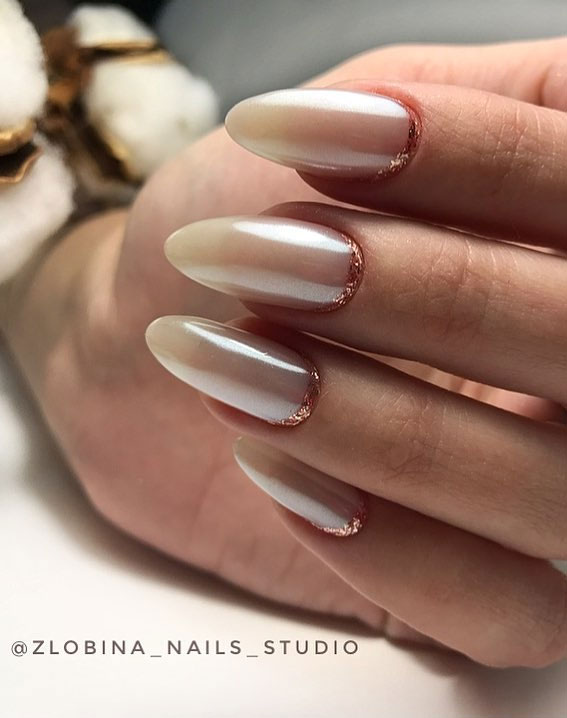 Pretty Neutral Nails Ideas For Every Occasion – Reverse French nails with glitter