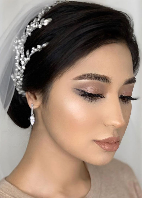 32 Glamorous Makeup Ideas For Any Occasion – Neutral Makeup