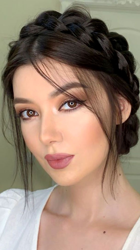 32 Glamorous Makeup Ideas For Any Occasion – Neutral and simple