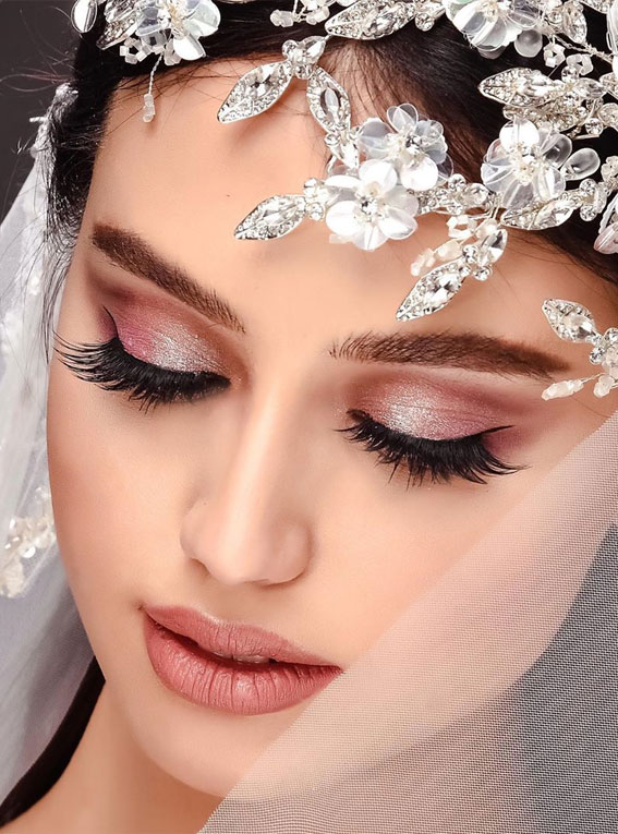 32 Glamorous Makeup Ideas For Any Occasion – Rose gold bridal looks