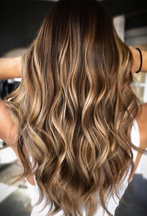 Beautiful Hair Colour Trends 2021 : Sun-kissed Summer Bronde