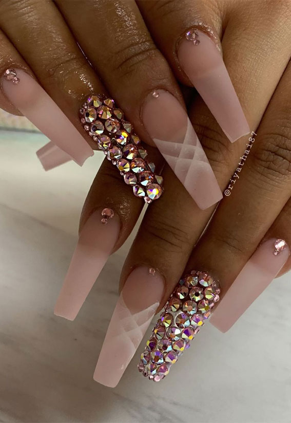Summer Nail Designs You'll Probably Want To Wear : Gem & Pink Nails