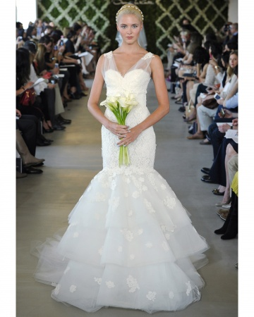 Oscar de la Renta mermaid wedding dresses