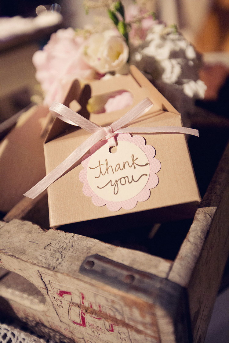 Wedding Favors | itakeyou.co.uk #wedding #rusticwedding #romantic