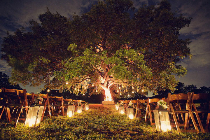 Wedding lighting decoration | itakeyou.co.uk #wedding #rusticwedding #romantic