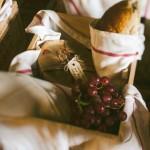 wedding food,garden wedding picnic,wedding picnic retro garden wedding