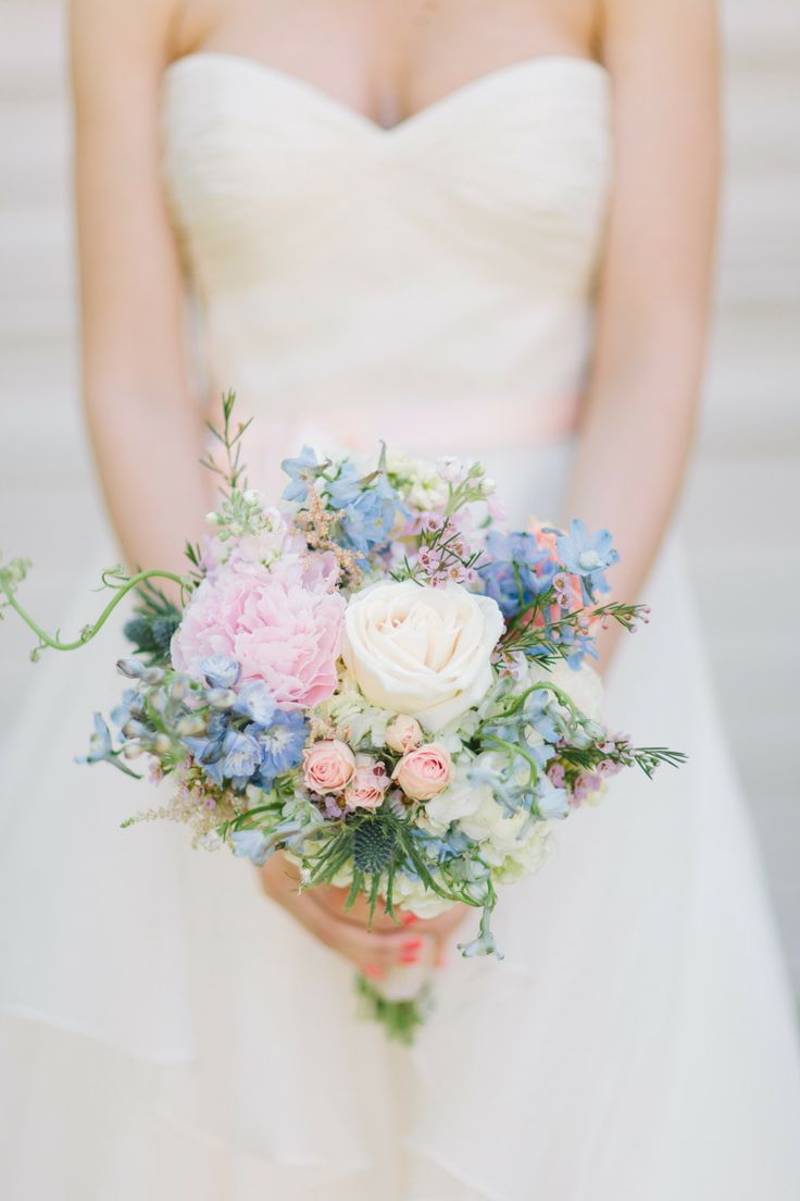 Spring wedding bouquetsspring wedding bouquet pictures spring wedding bouquetsspring wedding bouquet flowersspring wedding bouquet picturesspring bridal mightylinksfo Image collections