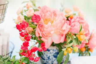 coral wedding ideas,coral wedding flowers,coral centerpieces