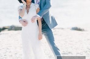 Beach Wedding From Joseph Lin Photography see more https://www.itakeyou.co.uk/wedding/beach-wedding-from-joseph-lin-photography/ bride and groom, bride on the beach