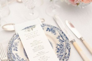 rustic wedding and blue china wedding theme