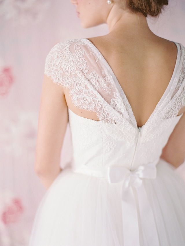 Jennifer Gilford Spring 2015 wedding dresses
