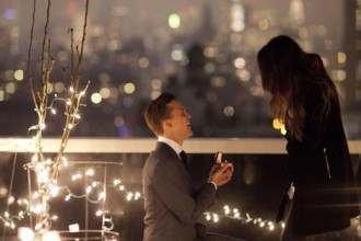 Will You Marry Me,propose ideas,cute propose ideas that you couldn't say no,proposed ideas,propose in paris,propose in NYC,propose ideas on beach,propose ideas at home