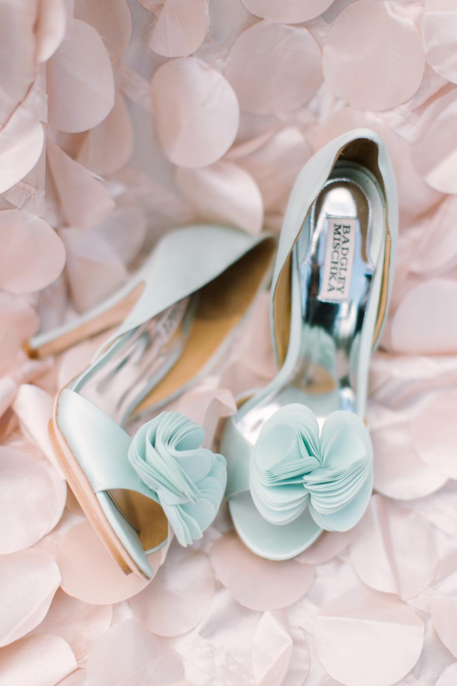 84d582ae410 20 Classic Pastel Wedding Ideas - Pastel wedding colours